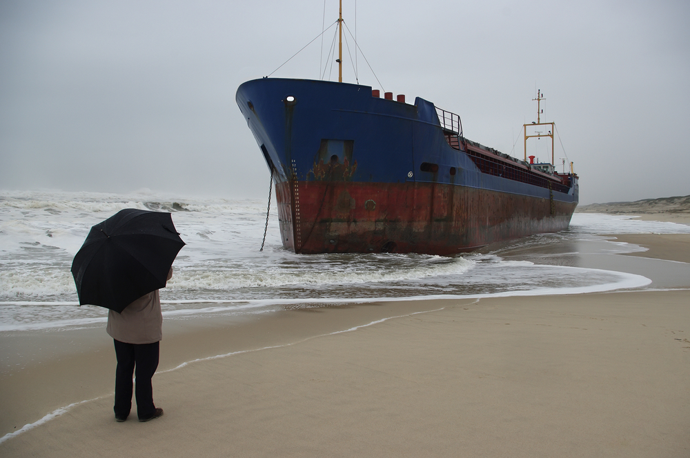 Shipwreck_with_Umbrella